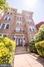 Building Entrance - 115 2ND ST NE #16, WASHINGTON