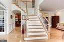 Dramatic Two-Story Foyer - 16215 CYPRESS CT, DUMFRIES