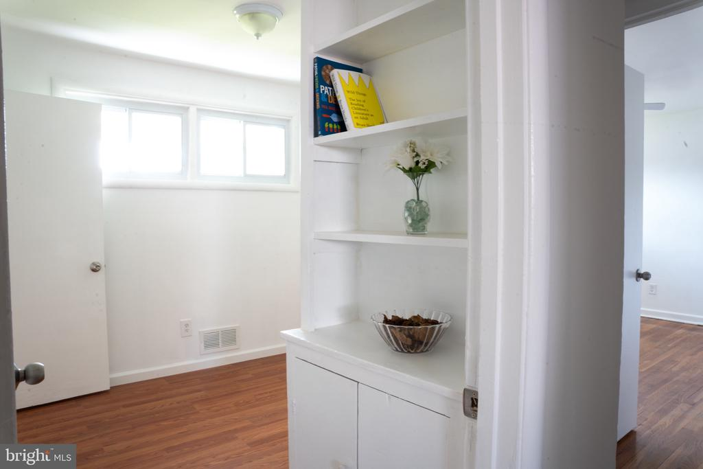 Shelf space in studio - 12501 CONNECTICUT AVE, SILVER SPRING