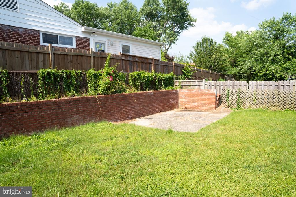 backyard - 12501 CONNECTICUT AVE, SILVER SPRING