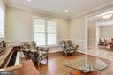 accommodates piano and seating areas - 3401 N KENSINGTON ST, ARLINGTON
