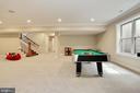 daylight lower level rec room with multiple uses - 3401 N KENSINGTON ST, ARLINGTON
