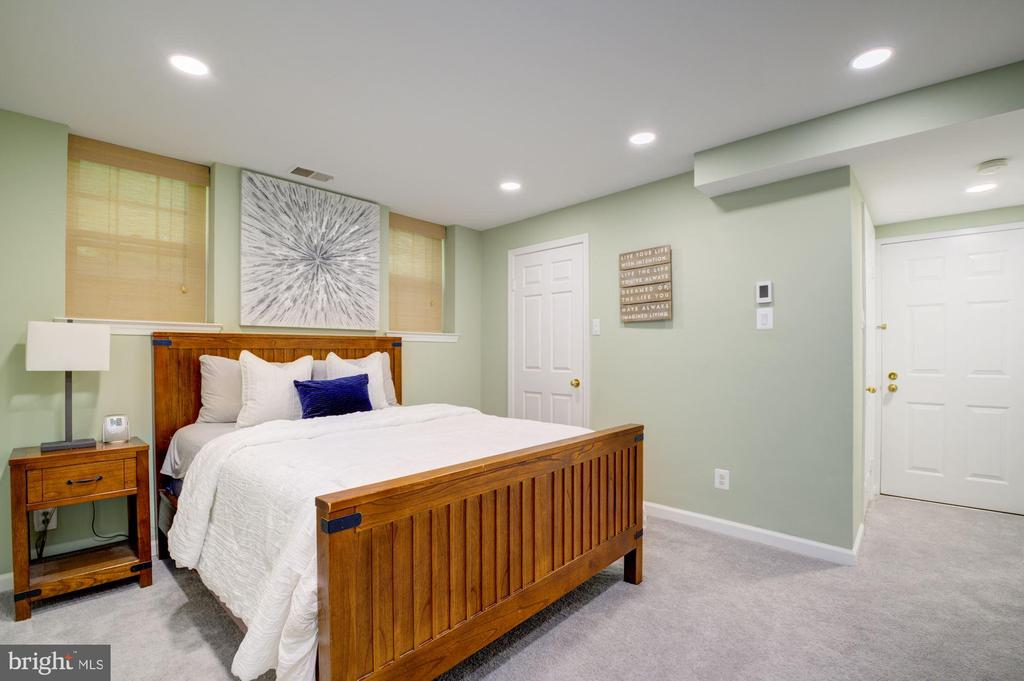 Bedroom - 3740 39TH ST NW #B152, WASHINGTON