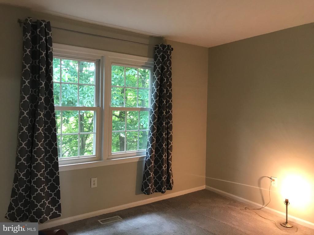 2nd bedroom - 11908 BARGATE CT, ROCKVILLE