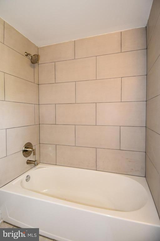 Upper Level Bathroom,  Beautiful Tile - 707 56TH PL NE, WASHINGTON