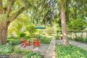 Landscaped back yard and walkways - 300 W GERMAN ST, SHEPHERDSTOWN