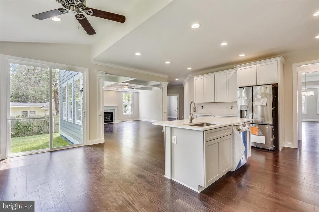 Easy flow from kitchen to great room to breakfast - 2905 RANDOM RD, FALLS CHURCH