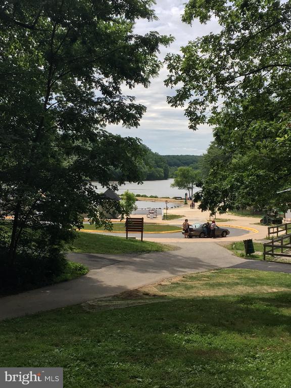 Lake Accotink Park - 7701 HEMING PL, SPRINGFIELD
