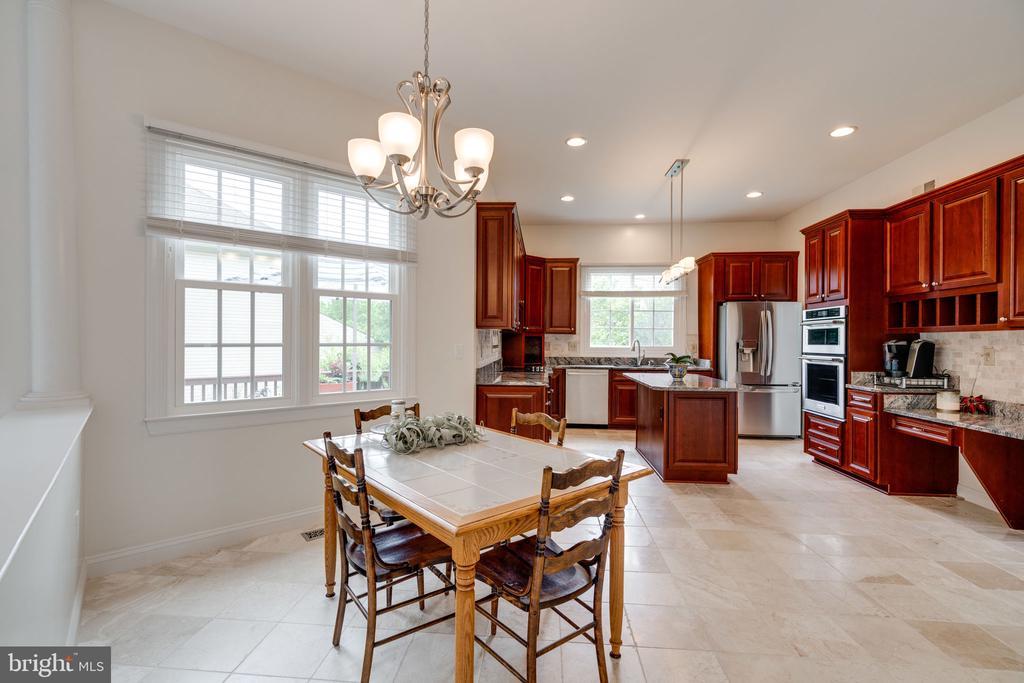View of Kitchen from Breakfast Nook - 9413 ENGLEFIELD CT, FAIRFAX STATION