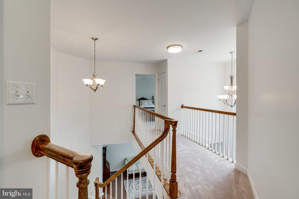 View of Foyer from Upper Level Walkway - 9413 ENGLEFIELD CT, FAIRFAX STATION