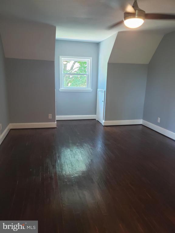 upstair bedroom - 1601 WOODHILL CT, LANDOVER