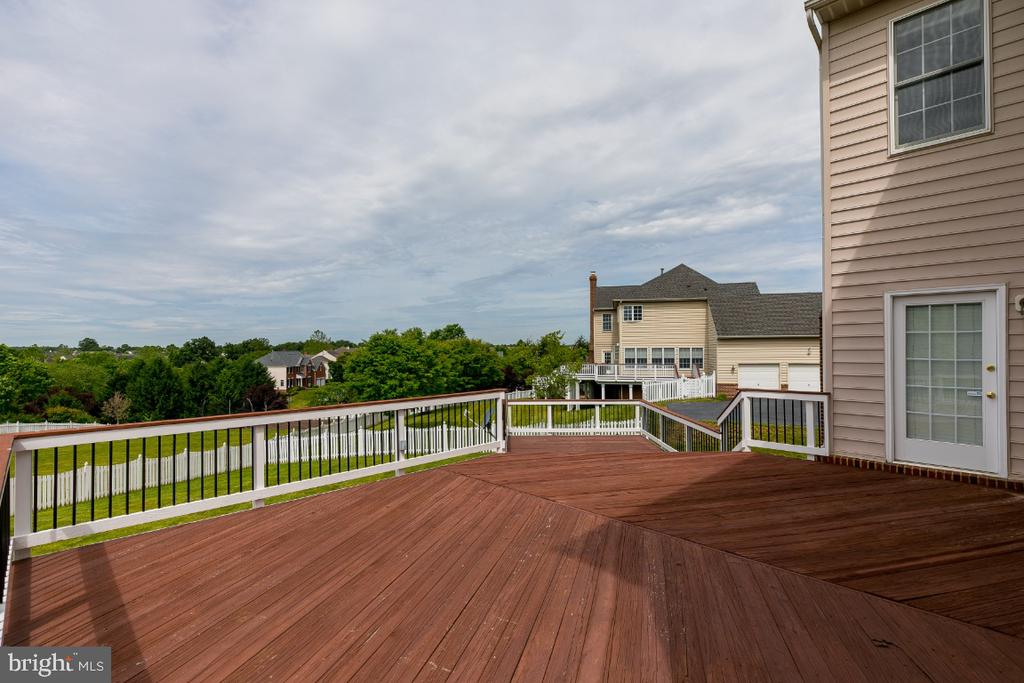 Deck - 19755 WILLOWDALE PL, ASHBURN
