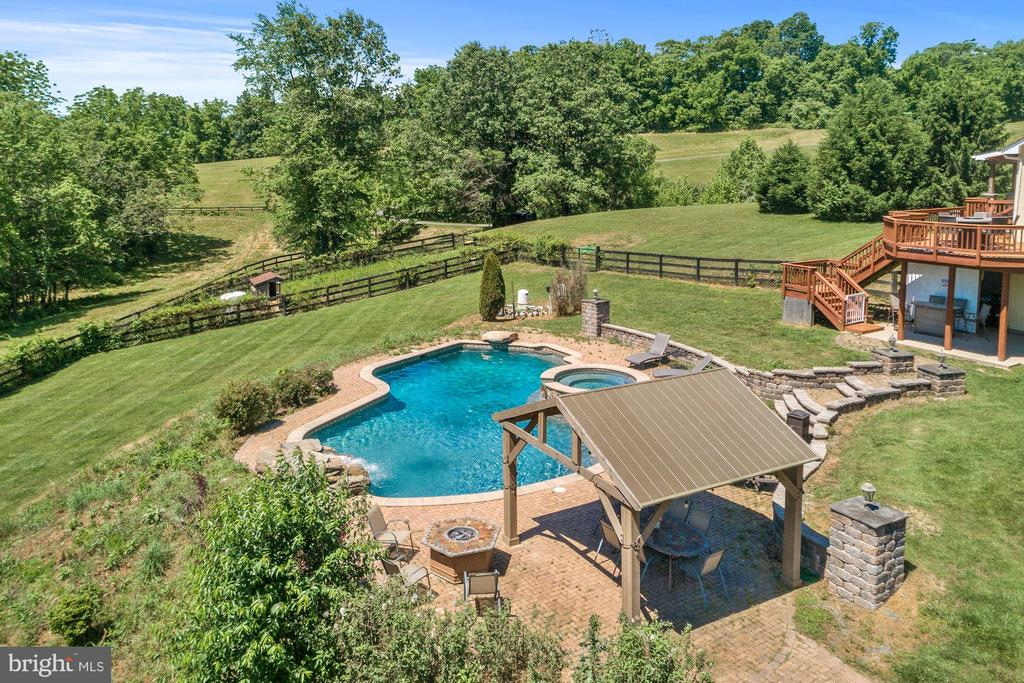 Pool - 20634 ST LOUIS RD, PURCELLVILLE