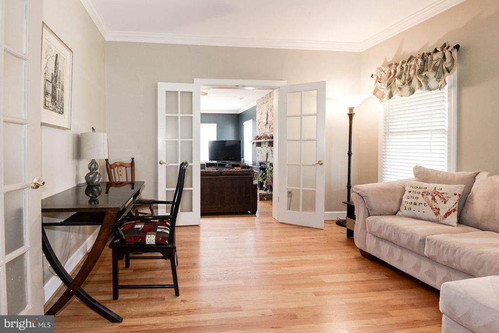 Sitting room - 20634 ST LOUIS RD, PURCELLVILLE