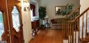 Foyer opens to formal Living Room - 100 EMPRESS ALEXANDRA PL, FREDERICKSBURG