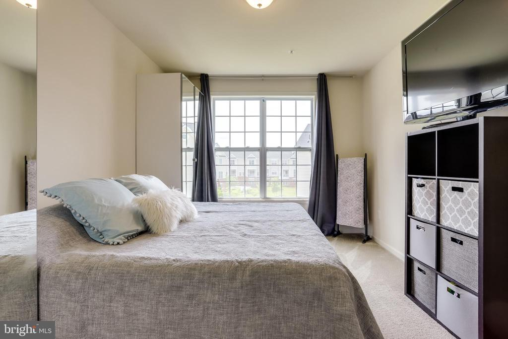 Luxurious Master BedroomMaster Bedroom Suite - 23297 SOUTHDOWN MANOR TER #116, ASHBURN