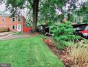 - 2224 HUNTINGTON AVE, ALEXANDRIA
