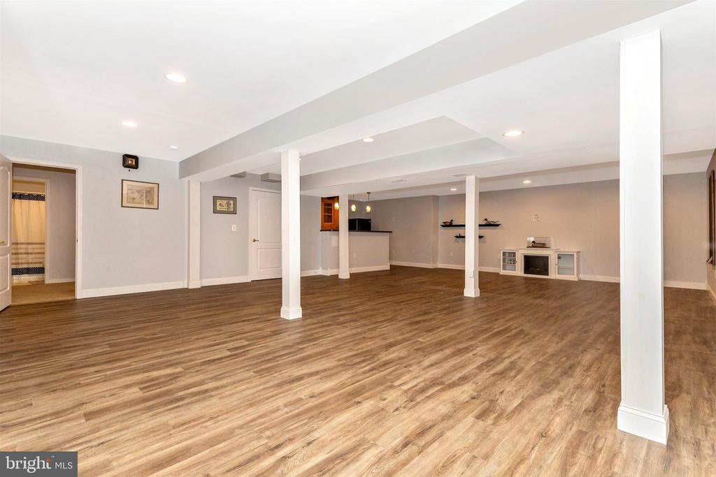 Lower level rec room - gel fireplace. - 2689 MONOCACY FORD RD, FREDERICK