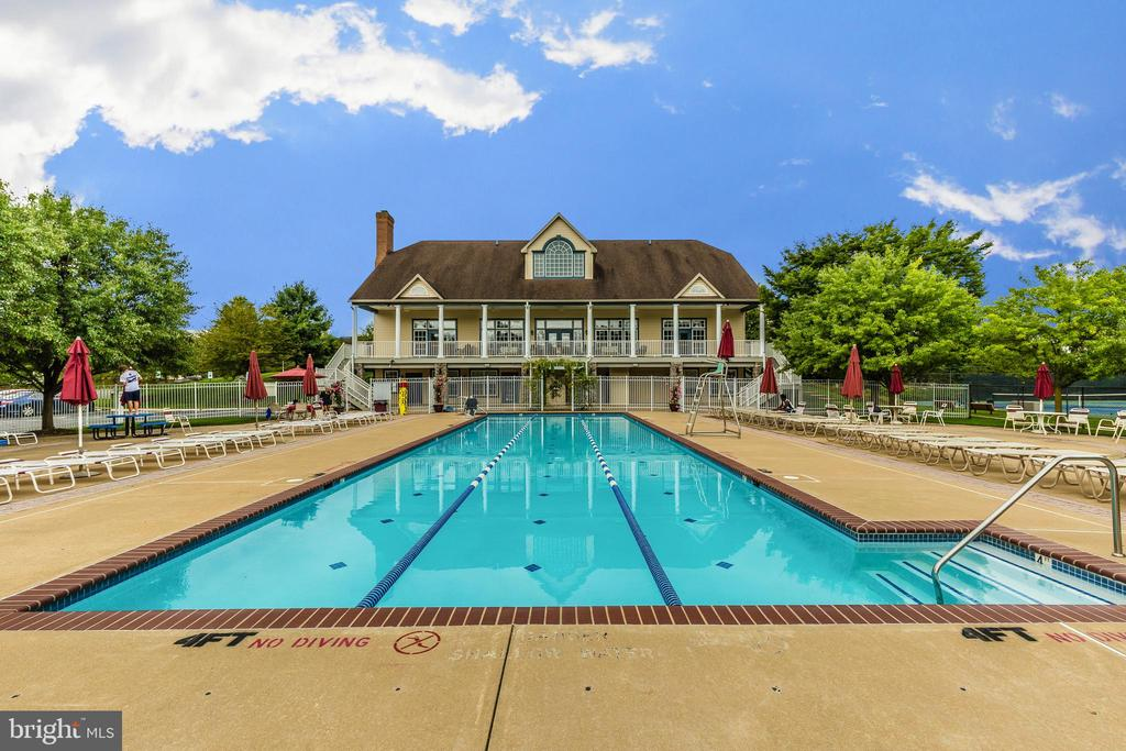 Club house and community pool. - 2689 MONOCACY FORD RD, FREDERICK