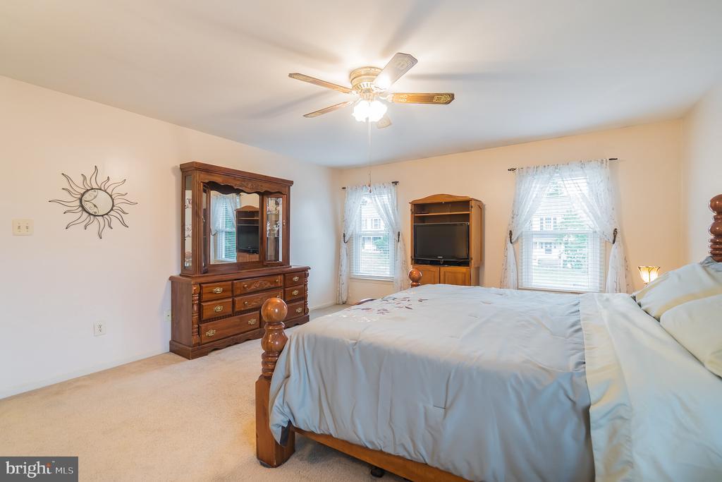Master bedroom - 22 BALLANTRAE CT, STAFFORD