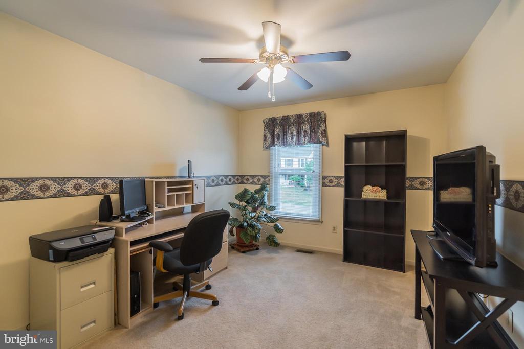 Third bedroom used as office - 22 BALLANTRAE CT, STAFFORD
