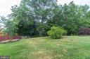 Large flat yard - 22 BALLANTRAE CT, STAFFORD