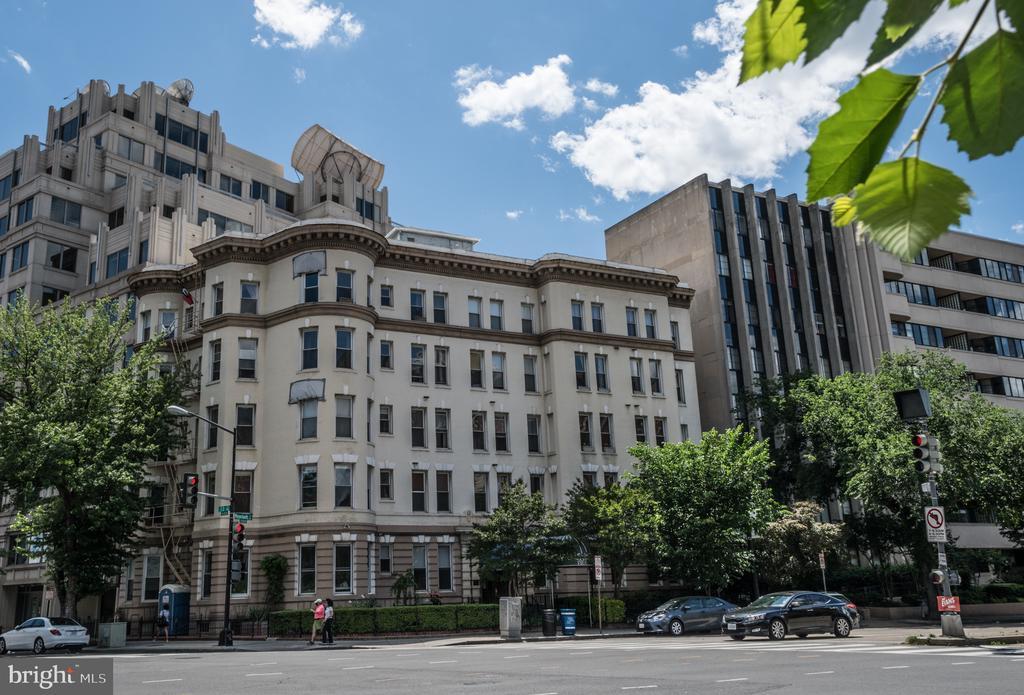 Exterior of building - 1300 MASSACHUSETTS AVE NW #205, WASHINGTON