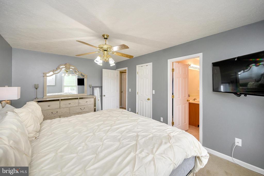 Master bedroom - 10109 HERIOT ROW CT, FREDERICKSBURG