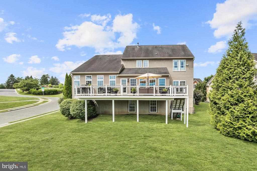 Rear Exterior - 11000 COUNTRY CLUB RD, NEW MARKET