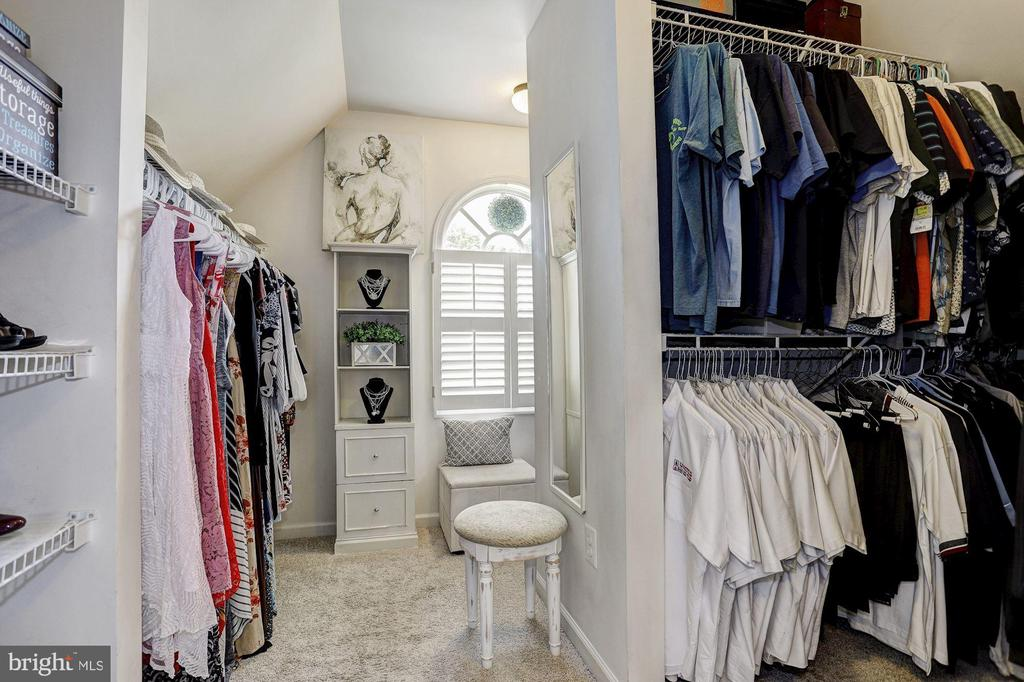 Expansive Walk-In Closet - 11000 COUNTRY CLUB RD, NEW MARKET