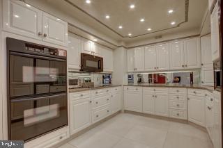 Kitchen - 5809 NICHOLSON LN #409, NORTH BETHESDA