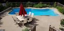 Beautiful low maintenance fiberglass pool - 100 EMPRESS ALEXANDRA PL, FREDERICKSBURG