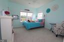 Princess suite! - 20999 HONEYCREEPER PL, LEESBURG