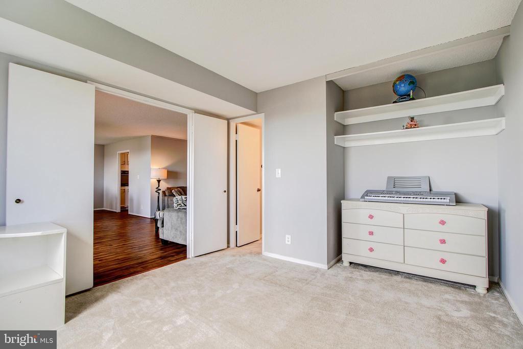 2nd Master Bedroom or Den/Study - Opposite View - 5902 MOUNT EAGLE DR #1406, ALEXANDRIA