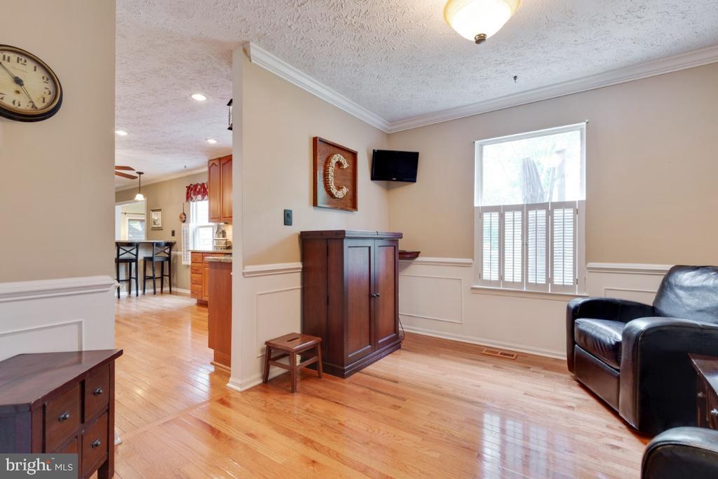Formal Living Room - 109 N LAURA ANNE DR, STERLING