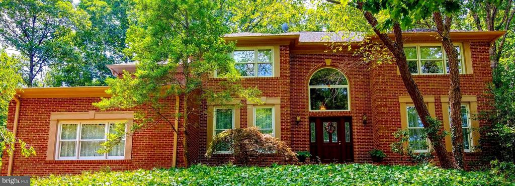 Front of Home!  All Brick Custom Built Home! - 12210 GLADE DR, FREDERICKSBURG