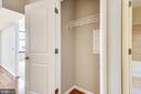 Entry closet - 1021 N GARFIELD ST #1030, ARLINGTON