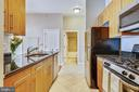 Stainless and black appliances - 1021 N GARFIELD ST #1030, ARLINGTON