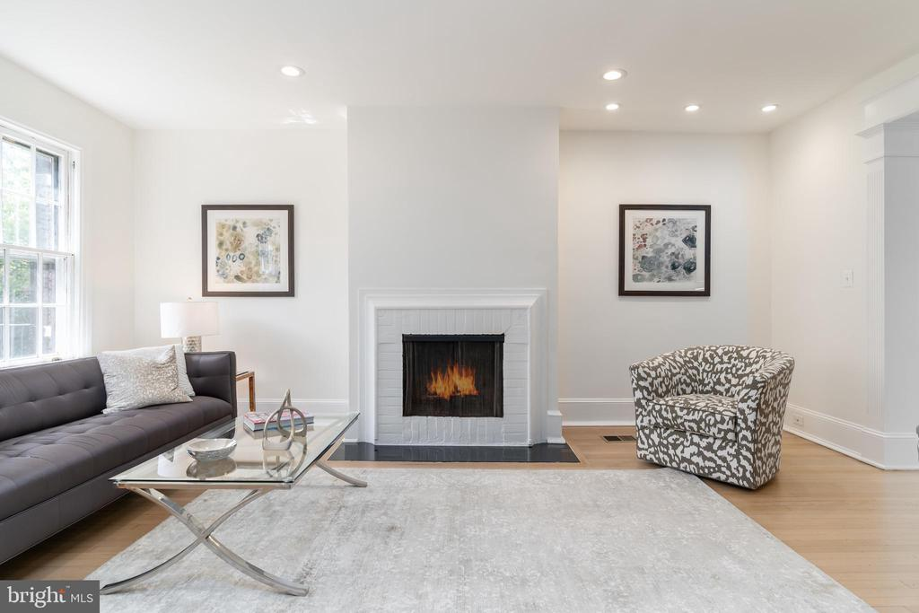 Living Room with Wood-Burning Fireplace - 2829 29TH ST NW, WASHINGTON