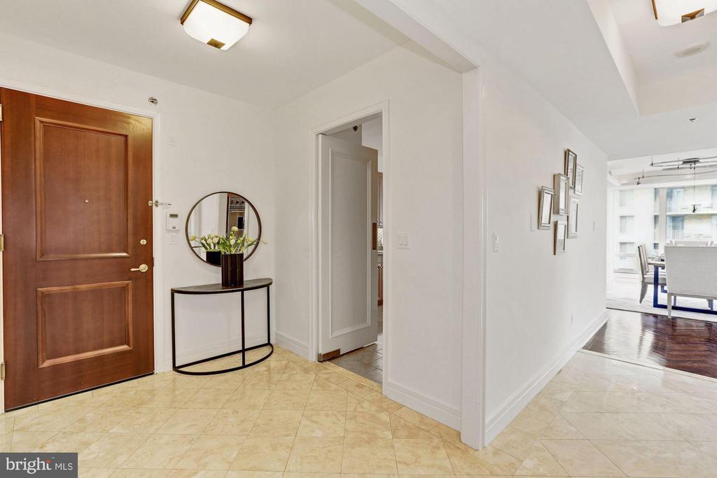 Foyer - 1111 23RD ST NW #6A, WASHINGTON