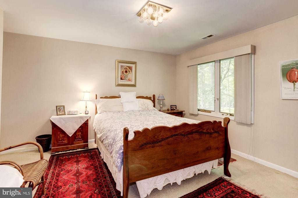 Upper Level - Bedroom 3 - 17007 BARN RIDGE DR, SILVER SPRING