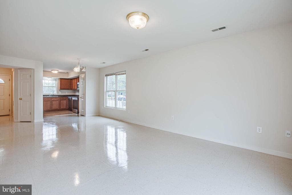 Open concept floorplan - 1015 MYRICK ST, FREDERICKSBURG