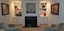 Master Bedroom Sitting Area w/2nd Fireplace - 100 EMPRESS ALEXANDRA PL, FREDERICKSBURG