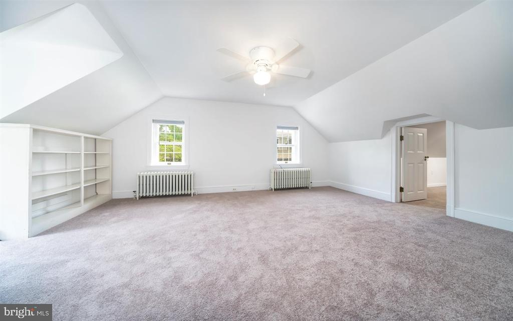 Another 3rd Floor bedroom with bonus room - 304 UPPER COLLEGE TER, FREDERICK