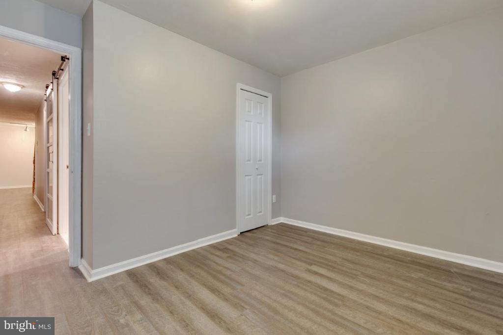Optional 5th Bedroom/Den - 6611 HUNTSMAN BLVD, SPRINGFIELD