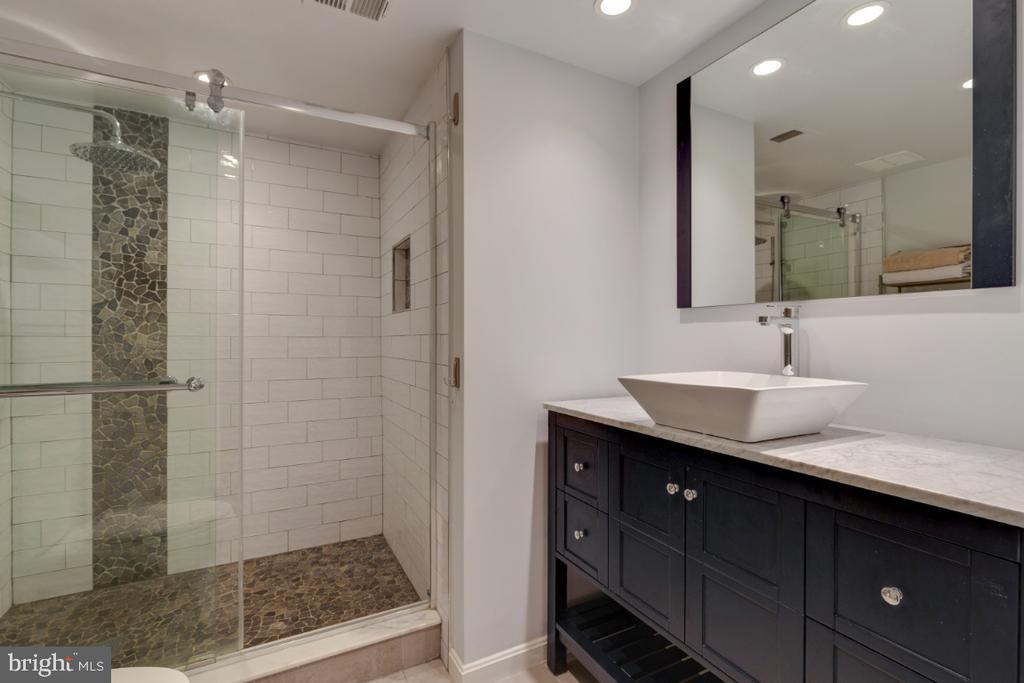 Lower Level Full Bath W/Heated Tiles - 6611 HUNTSMAN BLVD, SPRINGFIELD