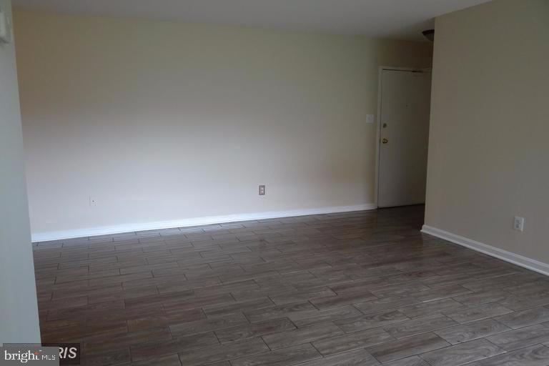 Living room - 3710 N ROSSER ST #T3, ALEXANDRIA