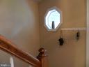Accent window lighting convenient offset stair. - 10118 S FULTON DR, FREDERICKSBURG