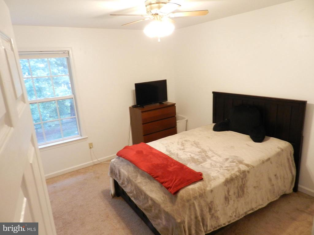 Bedroom #4 gets view to the trees! - 10118 S FULTON DR, FREDERICKSBURG