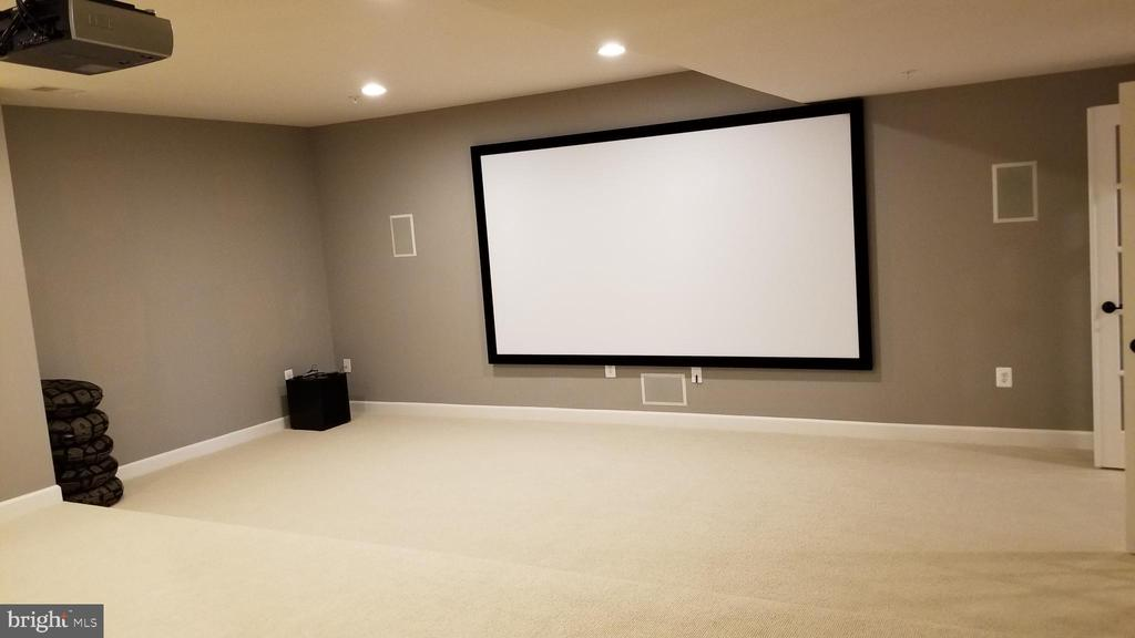 Basement theater room - 26592 MARBURY ESTATES DR, CHANTILLY